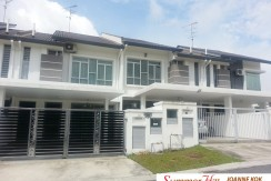 2 storey linkhouse in Horizon Hills for Rent