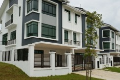 Corner Semi Detached @ Horizon Hills for Sale