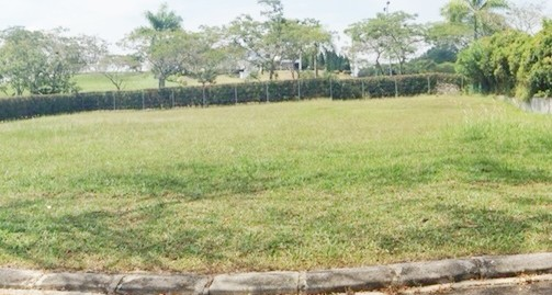 Bungalow Land @ Leisure Farm